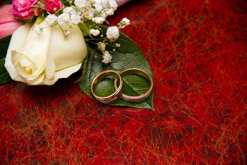 恋愛 失敗 結婚 指輪